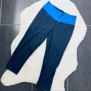 Nike Blue Cropped Athletic Leggings Tights